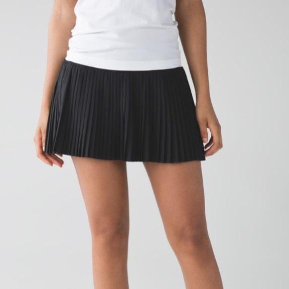 8782791439 lululemon athletica Dresses & Skirts - Lululemon pleat to street skirt ii